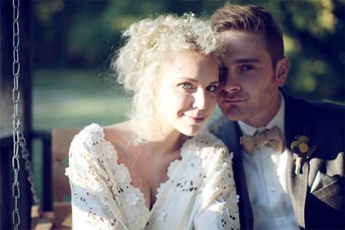 Wedding Hairstyles Rustic Styles