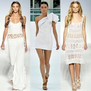 White Summer Dresses for Women Pictures