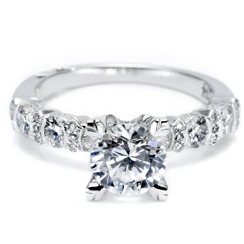 Solitaire Engagement Rings on Hand for Women