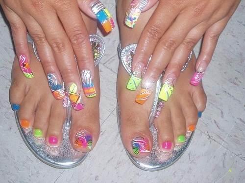 Bright Toe Nail Designs Ideas