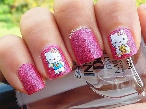 Hello Kitty Nail Art Tutorial