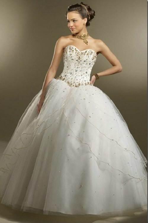Simple Cinderella Wedding Dress Imitation