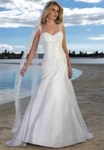 Wedding Dress Styles on the Beach 2013