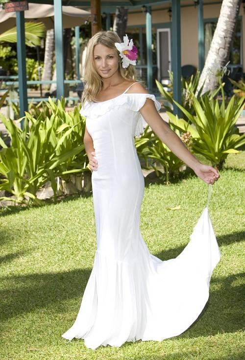 Wedding Dress Styles on the Beach Boho