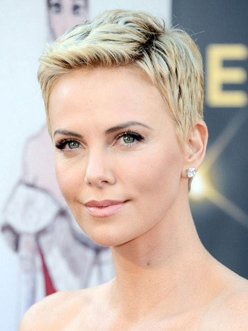 Pixie Hairstyle for Round Face 2013