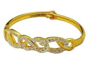 Gold Bracelets for Women Images