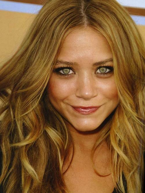 Light Golden Brown Hair Color With Highlights Fashion Female