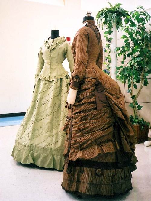 Victorian Costumes for Women UK