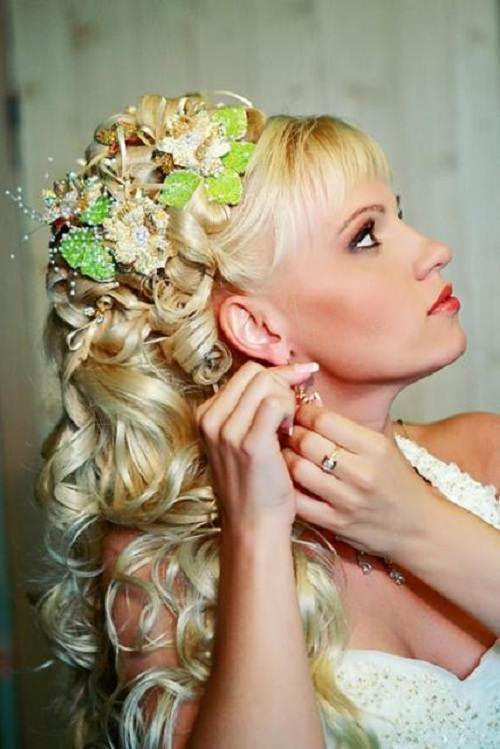 Wedding Hairstyles Down Curly For Bride